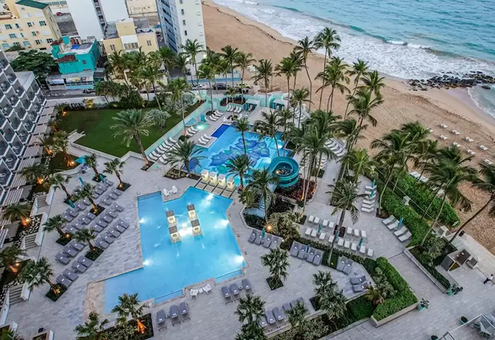 SAN JUAN MARRIOTT RESORT & STELLARIS CASINO POOL