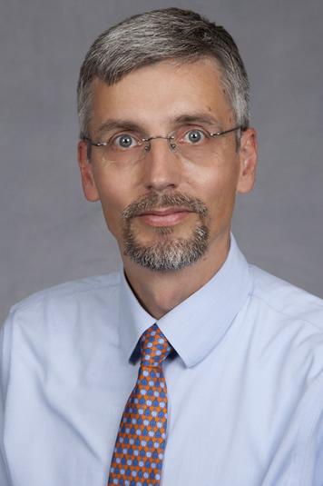 Oliver Lenz, MD MBA