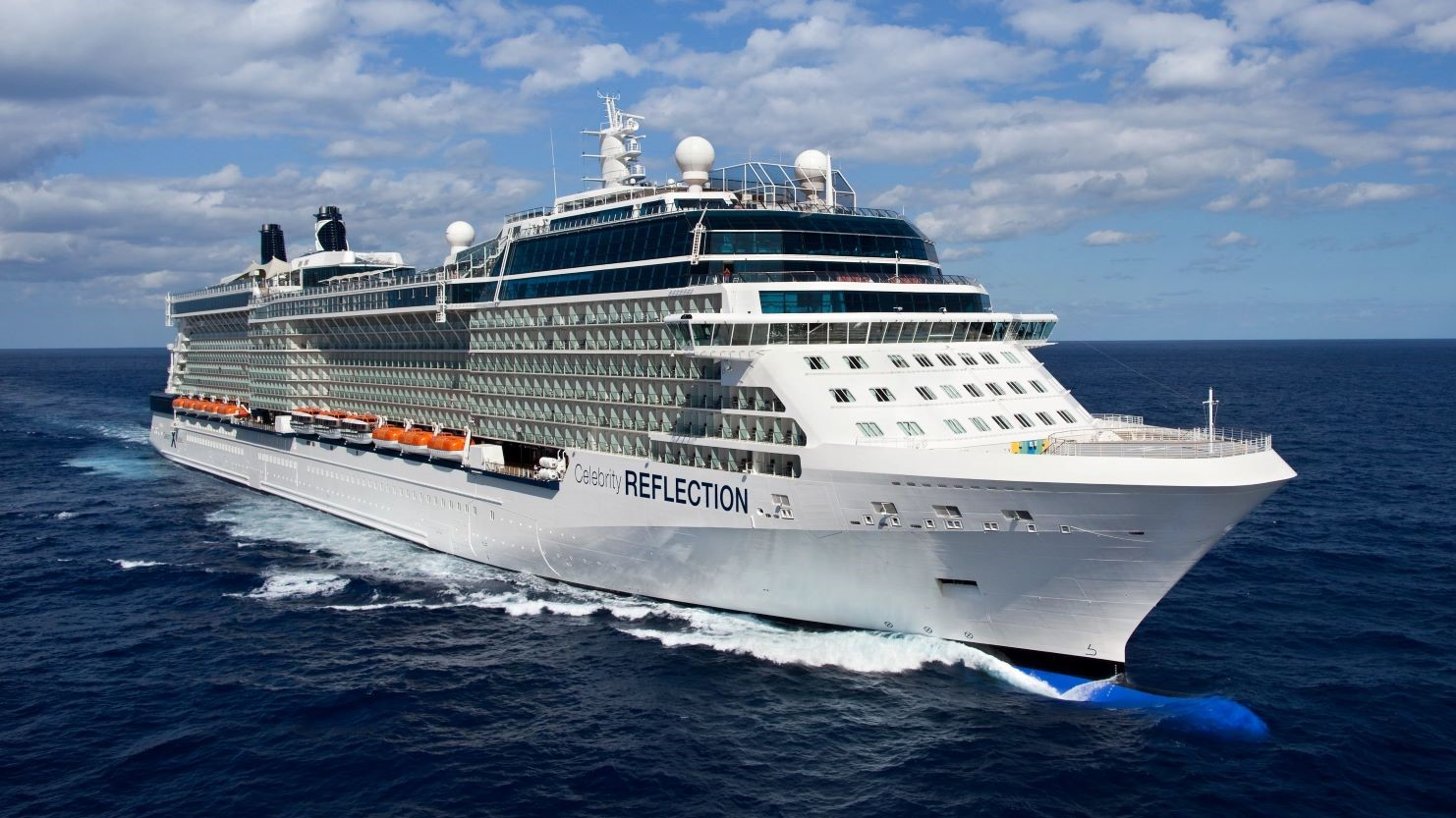 Celebrity's Beautiful Celebrity Reflection